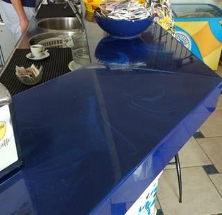 bancone per bar in marmoresina blu Marlux